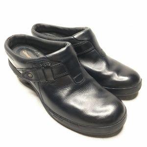 Merrell Black Clog Slip On Mule Size 8.5 / 39